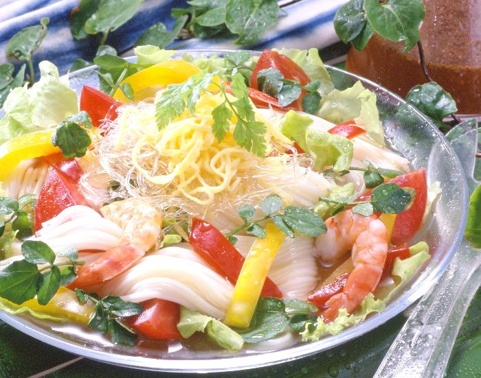 ふかひれ風サラダ麺 栗林物産